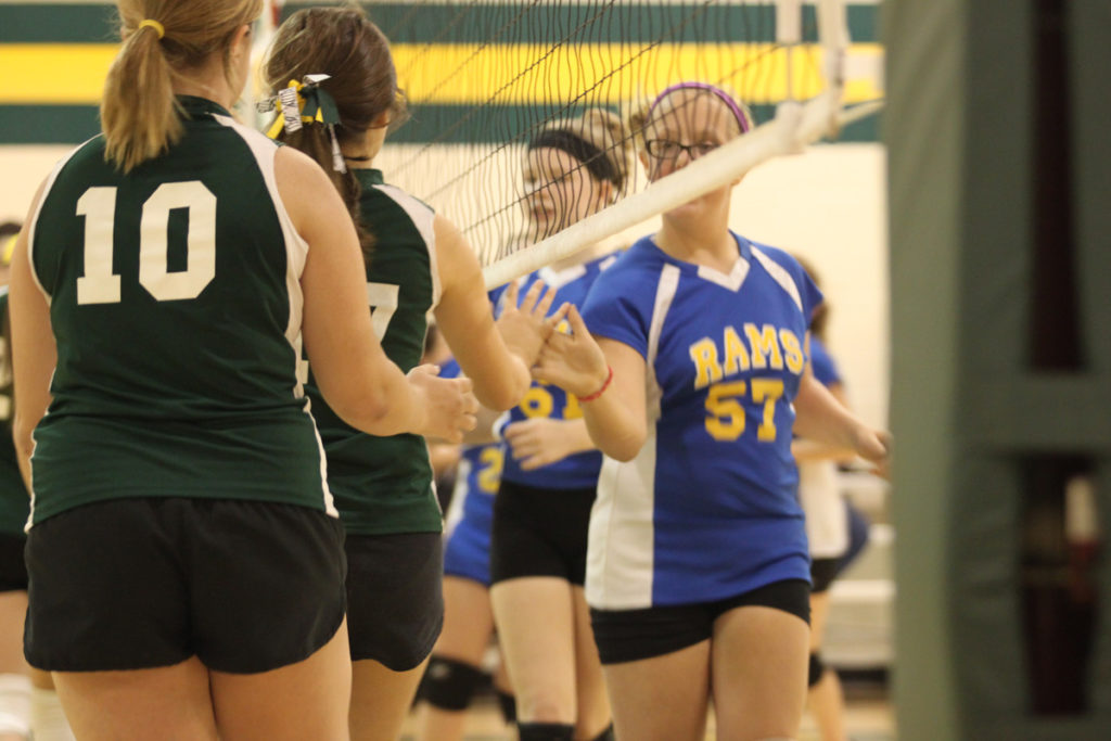 2013 7-8 Grade Volleyball_0012